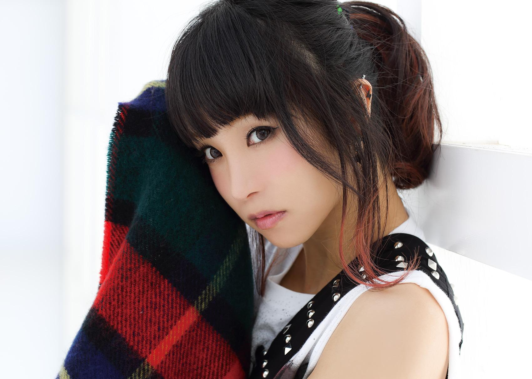LiSA - Vocaloid Database